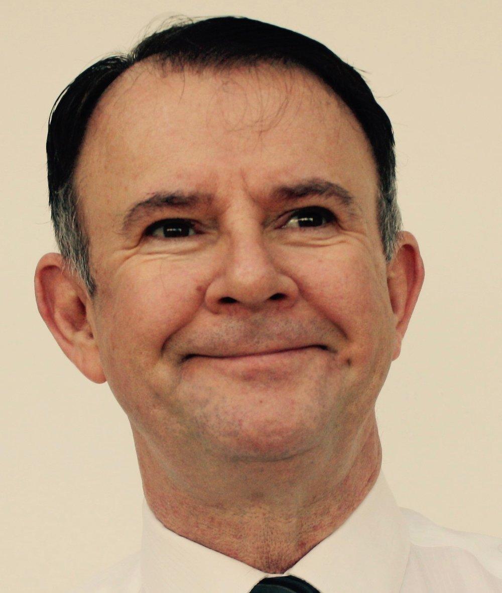 Declan Kennedy - Headshot.jpg