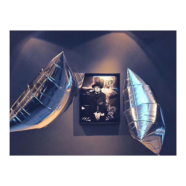 'I'm Set Free' |🎧 The Velvet Underground - Live at Max's Kansas City. (🔊on spotify #linkinbio) @cameraworkgallery  @baderundbernhard . . . . #aboutlastnight #djset #exhibition #warhol #silverclouds #cameraworkgallery #andywarhol #cwcgallery #moodygrams #moody_photograph #weltraumzine #somewheremagazine #moody_captures #onbooooooom #noicemag #palepalmcollection #monochromatic #moody_tones #tv_minimal #ourmoodydays #soulminimalist #newginbe #paradiseofminimal #agameoftones #tv_fadingbeauty #fromstreetswithlove #mixtapeofclarice