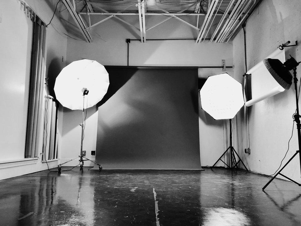 - Photo Studio