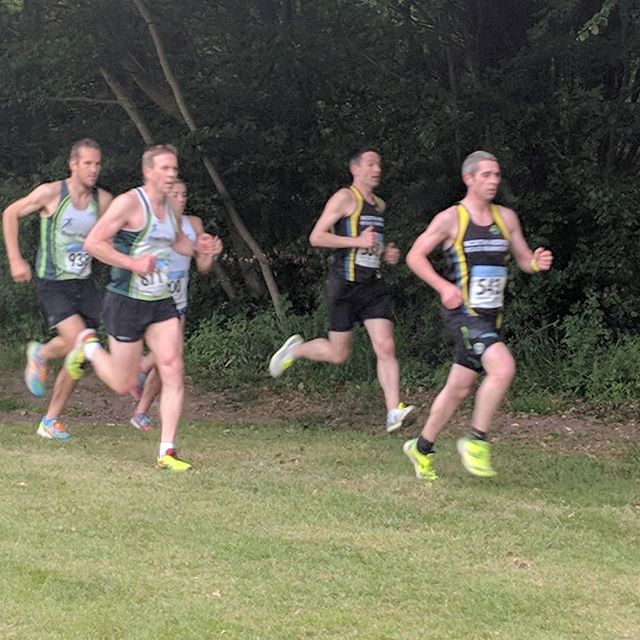 Midweek League @ St Albans, lovely flat course with good PB potential. The whole race felt like a struggle and I was convinced I'd ran badly. Then checked my watch at the end and I'd clocked 36:10, a 40second PB and a minute quicker than the same race last year.  For years I was convinced I'd never break sub 40, now as an over 40 I'm clocking PBs across a mix of distances, you're never too old to start improving, even if that improvement is relative to you or your age group. If you're London local and interested in making improvements or taking up running then what are you waiting for, give me a call. #jigsawmakesallshapesfit #jigsawrunningcoaching #jigsawpersonaltraining #sub36? #notbad foranoldguy #veteran #runlondon #midweekleague #tprc #trentpark #10k #runnersofinstagram #runlondon #running #personalbest #lifegoals #recoverybeer