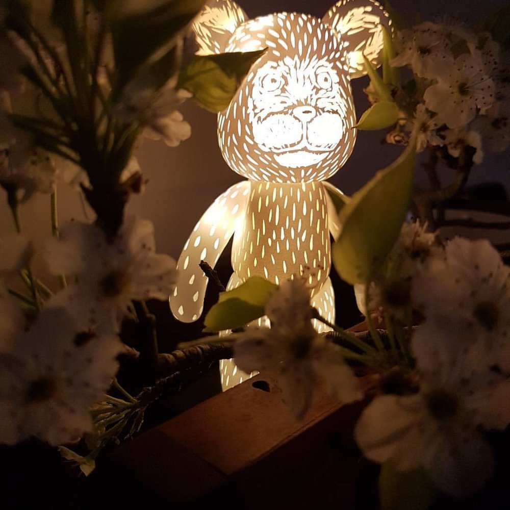 I lit up my hand carved #popobe #bear with miniature LEDs  this will be auctioned off by #toytotheworld2017 in October to help raise funds towards supporting people living with HIV. Definitely fun to make 😁 #belindaillustrates #septembear #september2017