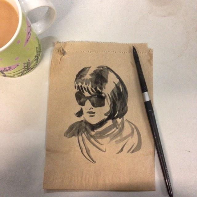 Playing with Artgraf Carbon black during work break ☺️ #Artgraf #carbonblack #brownpaperbag #sketch #belindaillustrates #2015