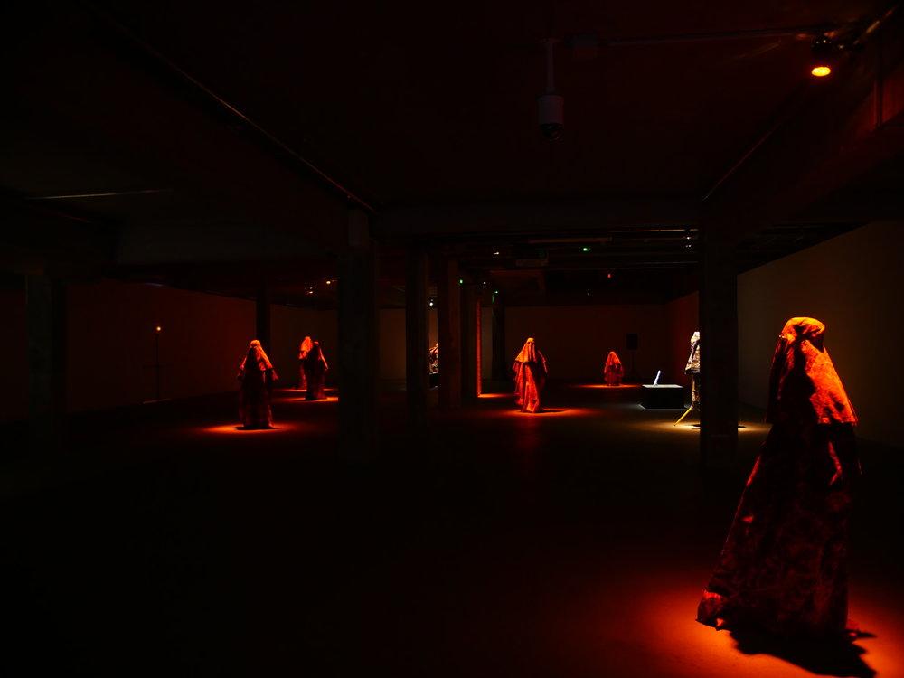 MOCT_Alexandre Bavard, Bulky, Palais de Tokyo, 2017.Score by Alexandre Bavard, choreography by Manue Soum.