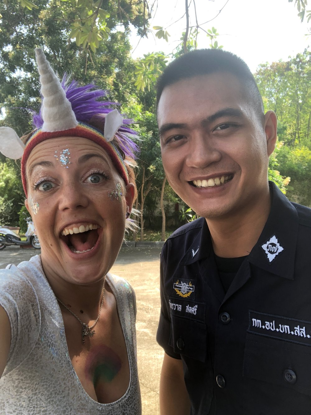 A friendly encounter with the Thai police!
