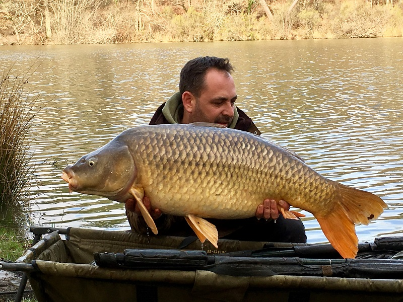 customer_catch_carp_41lb.jpg
