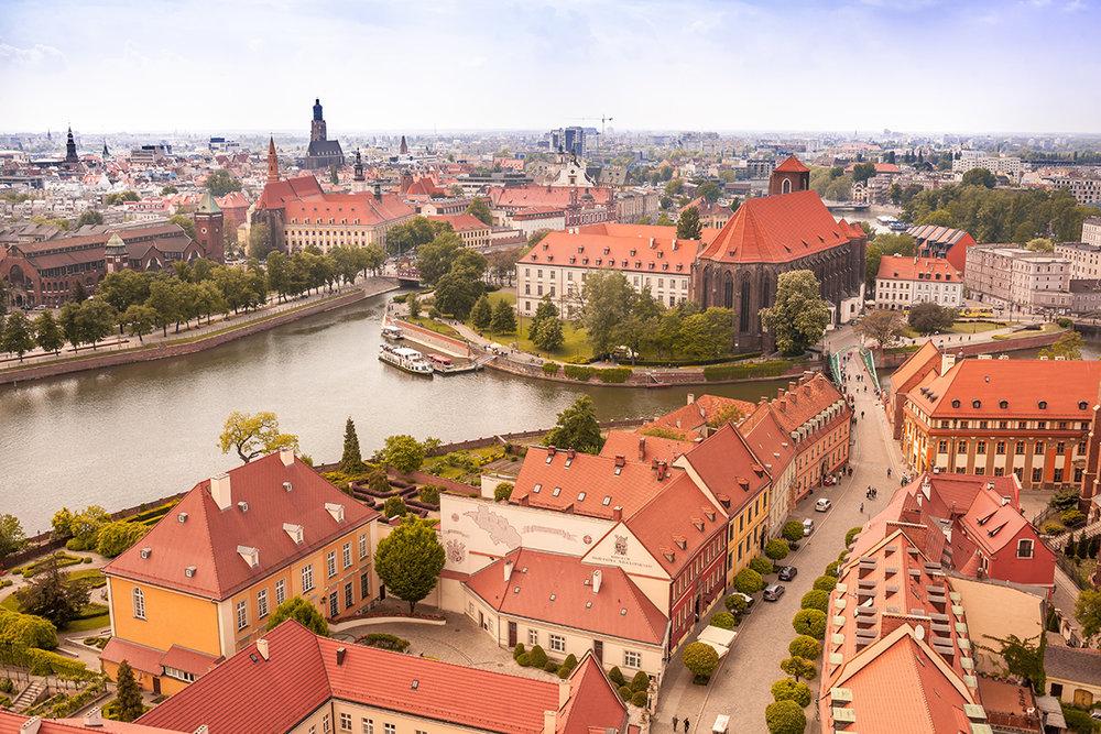 Aircom-Wroclaw-Poland-city_image.jpg