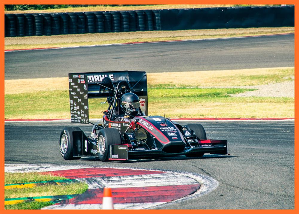PWR-Racing-Team-cooperation-news_Aircom_image.jpg