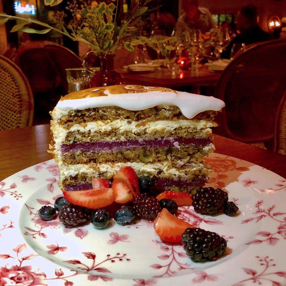 Backyard Wedding Cake, Emmaline, Houston