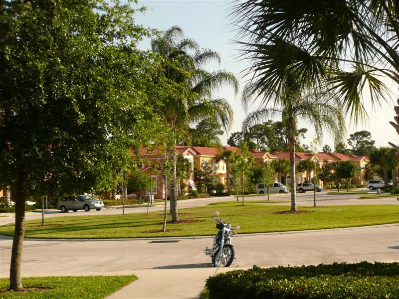 florida-homes-exterior-view.jpg