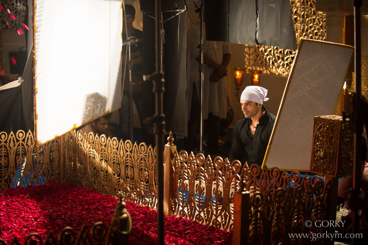 Karan Singh Grover in Qubool Hai