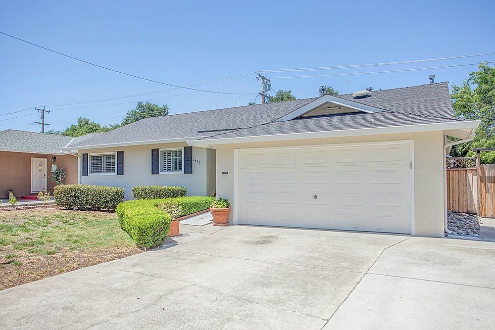 2493 Lost Oaks - bordering Los Gatos
