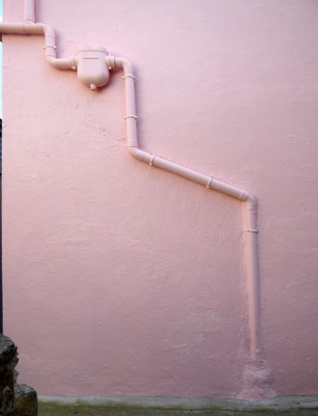 Private water collection system on Sein