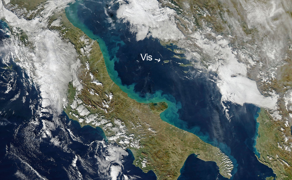 Satellite image: position of Vis in the Adriatic Sea