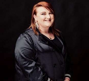 Alyssa Arnold - Designer Stylist
