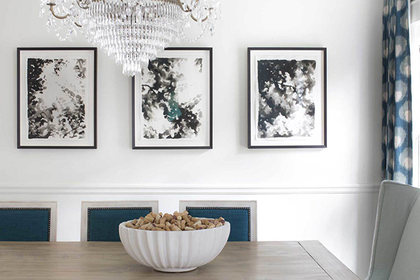 fromental-wallpaper-dining-room-crystal-chandelier-jayme-armour-interiors-e1446466877949.jpg