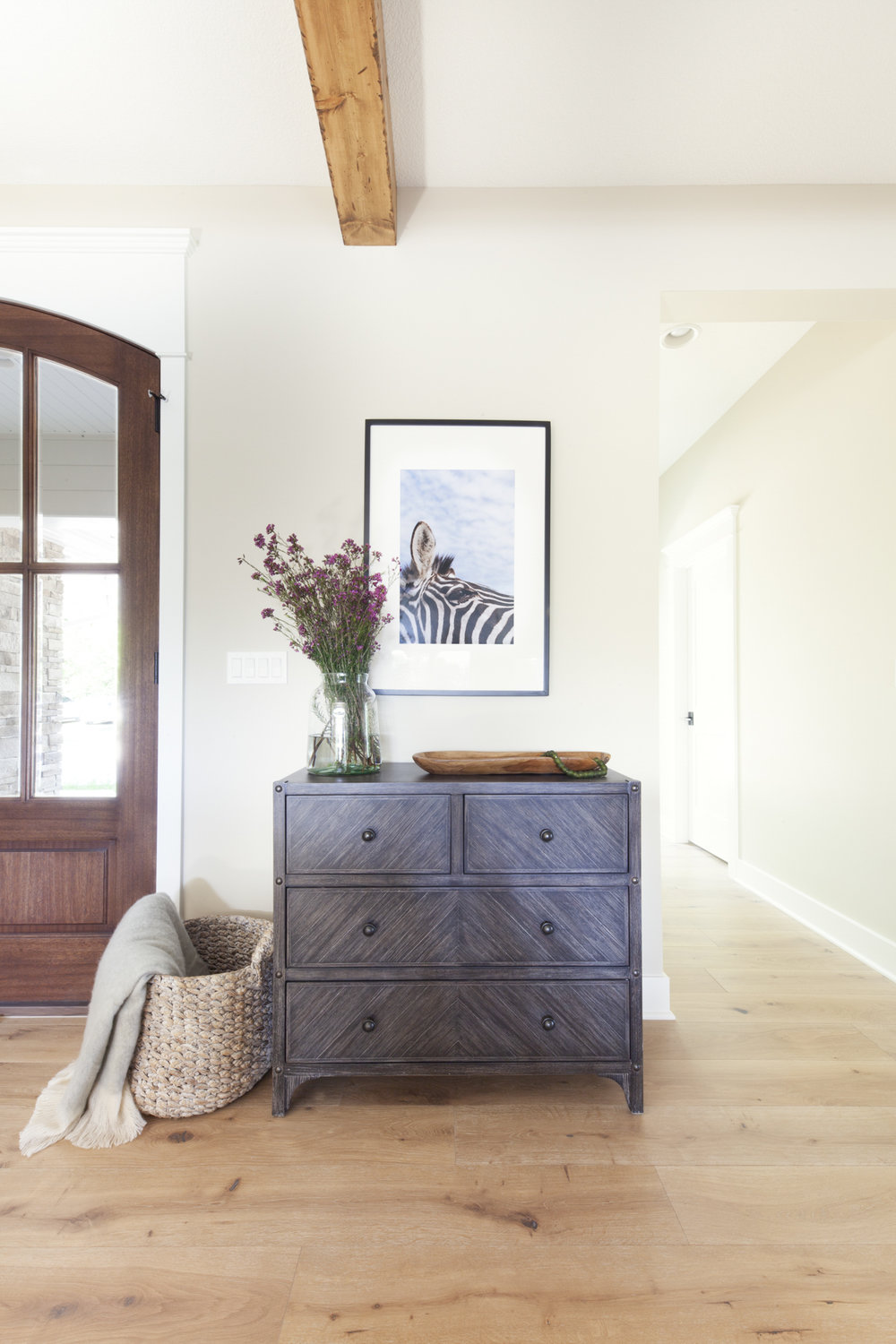 before-and-after-home-reveal-scout-and-nimble-lake-view-luxe-country-interior-design-entry-way-console-table-93.jpg