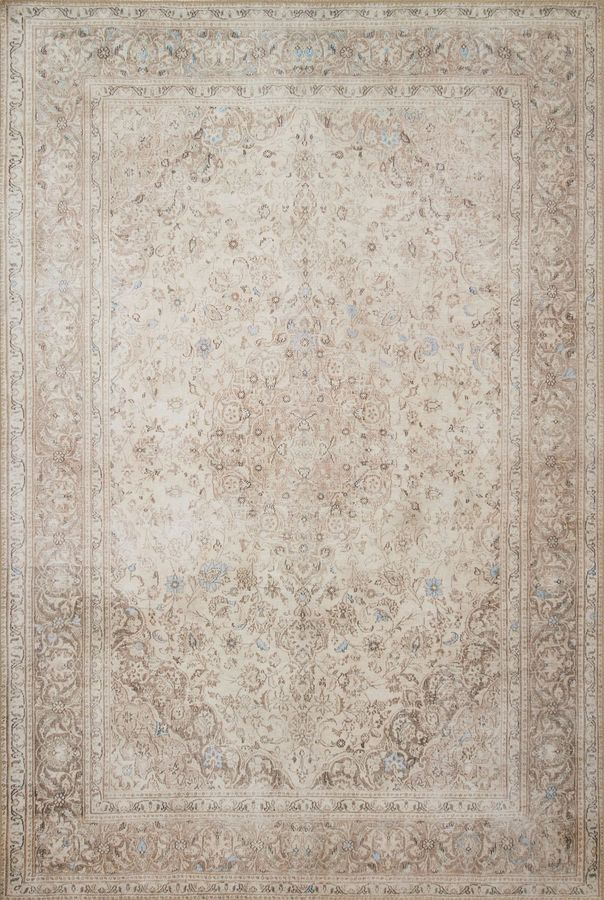 LOREN RUG IN SAND/TAUPE
