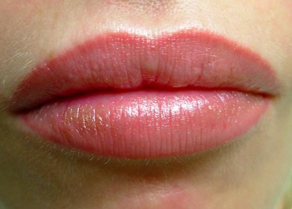 Lip Lining