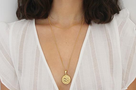 Vanity & Rose Necklace