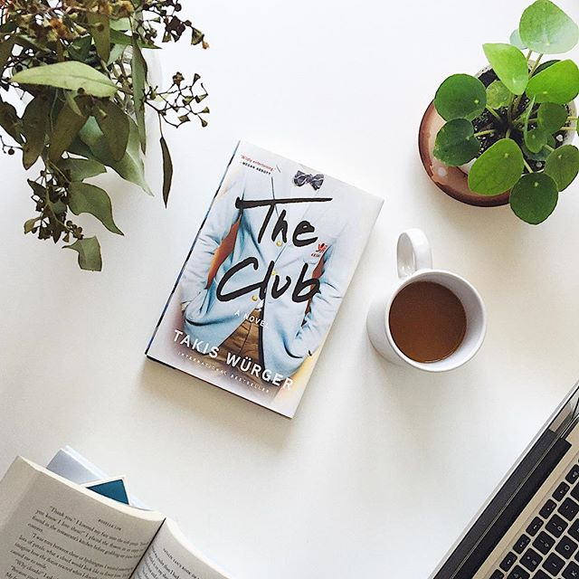 Hi everyone! It's almost Friday! 🙌🏼 what are you reading this weekend? 📚I just finished The Club by Takis Würger. This book takes one of my favorite literary settings, a secret society within an elite academic institution, and adds a dash of Megan Abbott-like intrigue, frames it with an examination of the structures created and maintained masculinity and privilege and adds one bang of an ending 😱 • Hans, an orphaned German boy with a talent for boxing is recruited from his isolated life at boarding school by his troubled and brilliant aunt for a secretive mission: to infiltrate a small group within a club of elite Cambridge boxers to investigate a crime. Slowly Hans befriends and is eventually invited to join the Pitt Club, a fraternity of wealthy and privileged Cambridge men, while wavering between working to uncover their secrets and loosing himself in the process. The reader, just like Hans feels like an infiltrator into the world of Britain's young elites. We peels back the glamorous curtain to uncover a violent and misogynist world that is simultaneously mesmerizing and horrifying. • Würger's examination of masculinity, power, violence and privilege feels particularly salient in today's news cycles. This book dissects the resilience of predominantly masculine and toxic enclaves of power in the upper echelons of the socio-economic ladder. Würger does an excellent job of examining these structures and the way they affect different people through a multiple POV narrative and beautifully sparse, tense prose (shout out to the translator Charlotte Collins). • The Club will appeal to anyone who enjoyed The Secret History by Donna Tartt, or The Likeness by Tana French or anyone who is interested in reading suspense in translation. TW for sexual violence, violence and homophobia.  Thank you to Grove Atlantic for sending me a free review copy! . . . . #Book #books #bookstagram #vscocam #vsco #theclub #bookporn #takiswurgner #vscobooks #booknerd #partner #booklove #instabooks #booknerdigans #bookphotography #unitedbookstagram #groveatlantic #bookblogger #bibliophile #booksofinstagram #read #reading #vscobook #reader #igreads #igbooks #bookgasm #bookstagramer