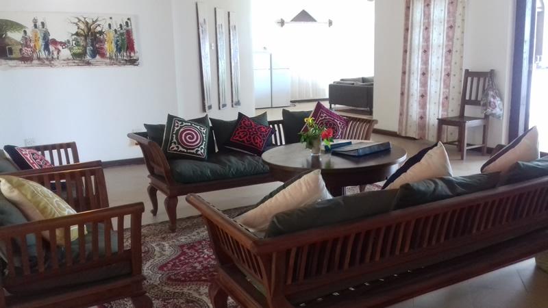garden-beach-villa-zanzibar-lounge.jpg