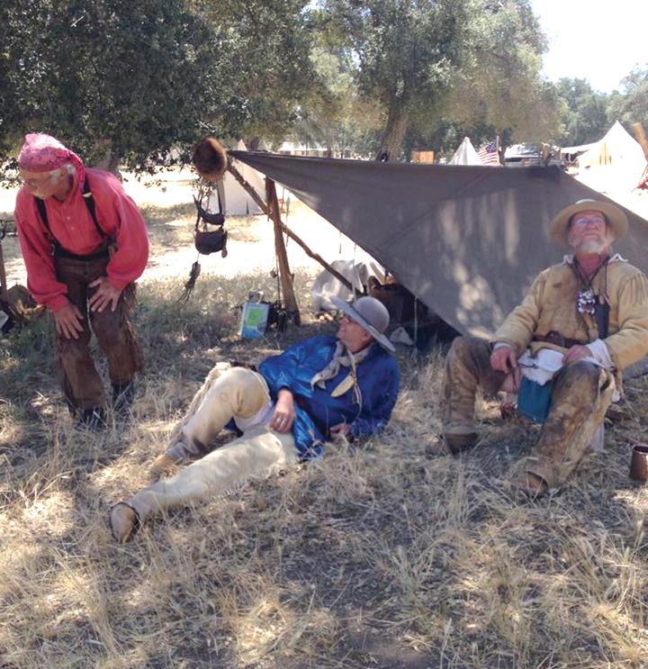 Living history enthusiasts dress and live just like the mountain men of the early 19th century.