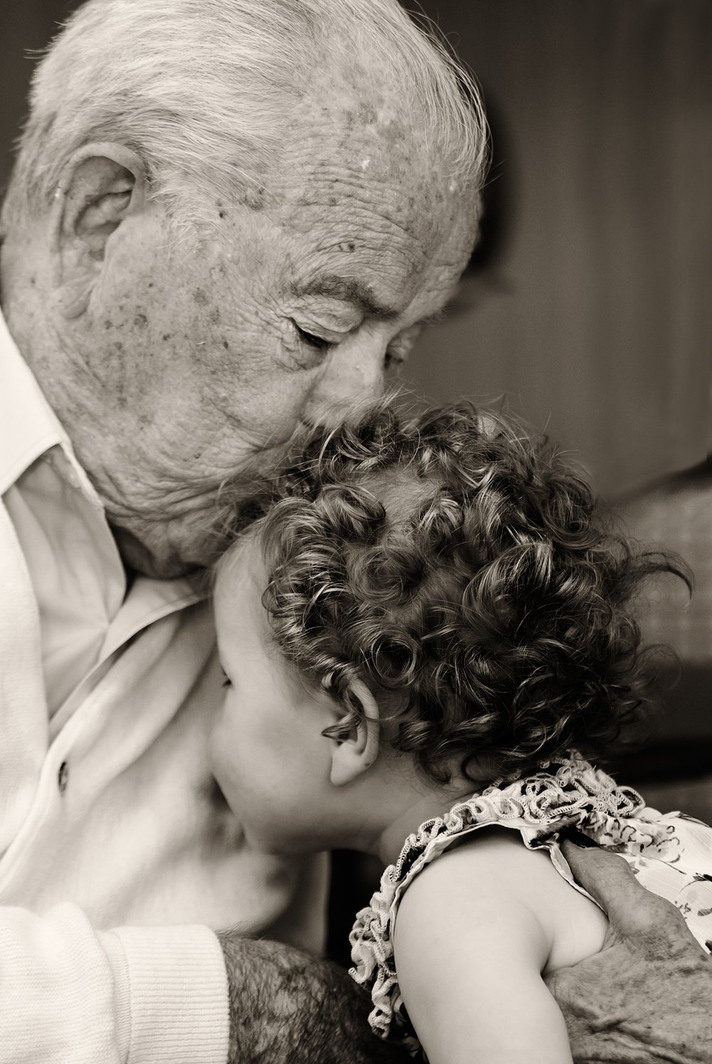 greatgrandpa gets a kiss.jpg