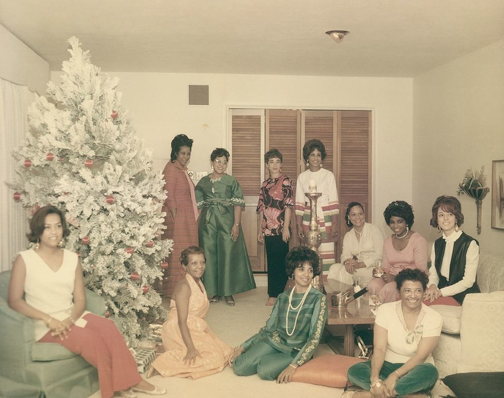 Members posed beside Christmas Tree, December 31, 1968, Culmer Family Papers, UTA Libraries, Special Collections