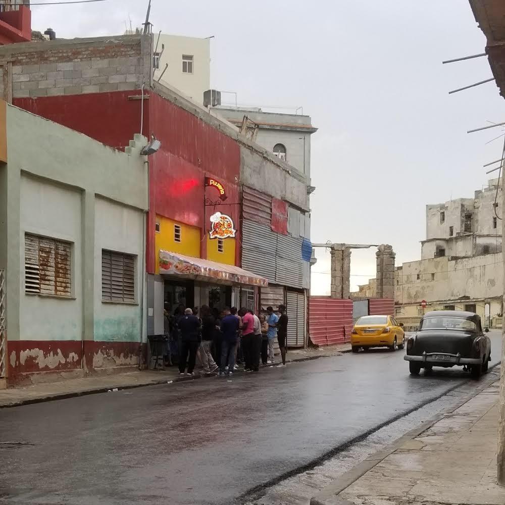 Pizzeria on Animas Street in Central Havana