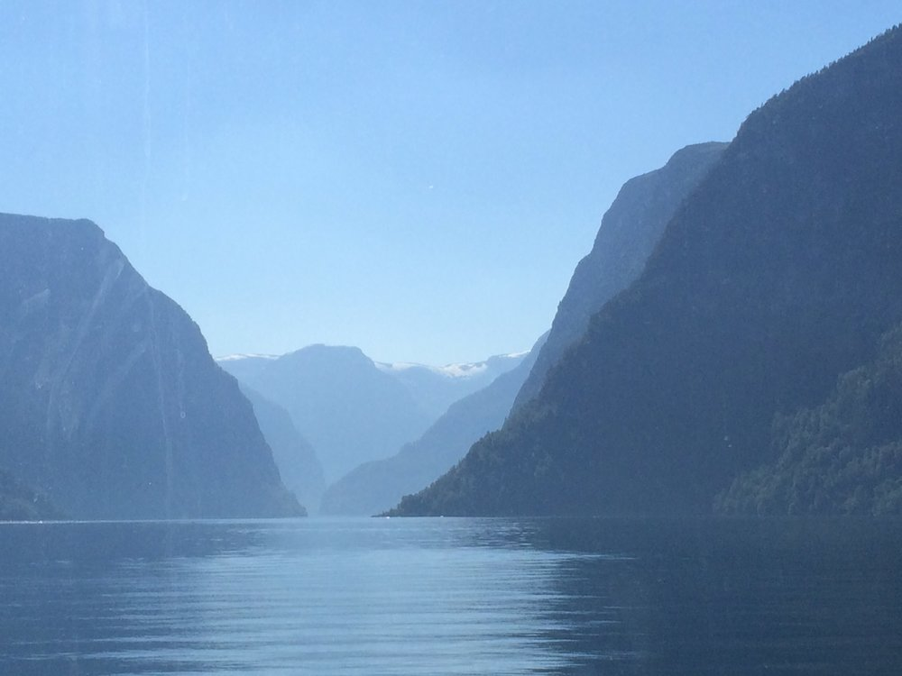 Copyright © Reserved: Showline Norway AS