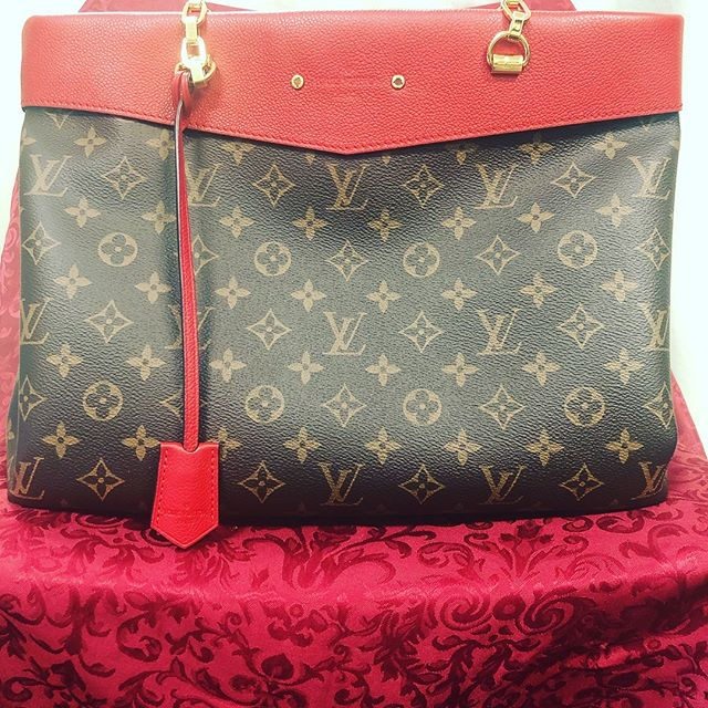 **Most wanted** Louis Vuitton Pallas Chain Shopper Monogram Canvas Cherry $1,999  Call 210-267-1674 www.goodfellasresale.com #louisvuitton #sanantonio #retail #designer #handbags #consignment #goodfellassanantonio