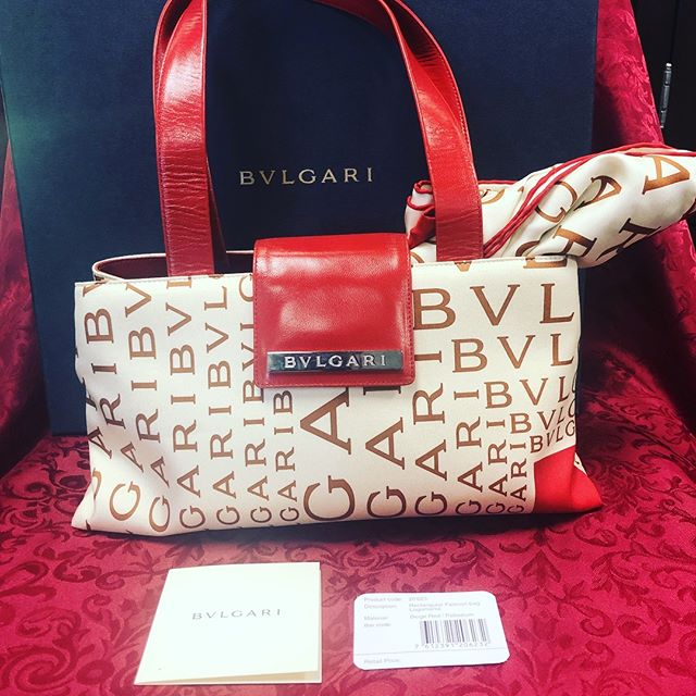 Perfect for Valentine's Date night!! BVLGARI Handbag Scarf, dust bag, product card, and box included This is a great deal at $499 Inside and outside are in excellent condition Call now at 210-267-1674 #saresale #consignment #designer #handbags #sanantonio #fashion #giftsforher