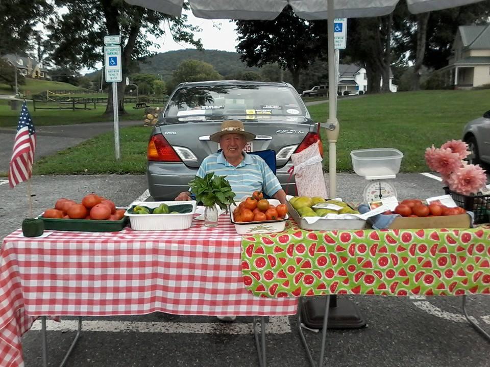 Farmers Market 3.jpg