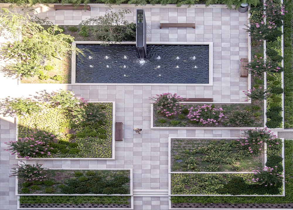 PLAZA AT 800 FIFTH AVENUE -