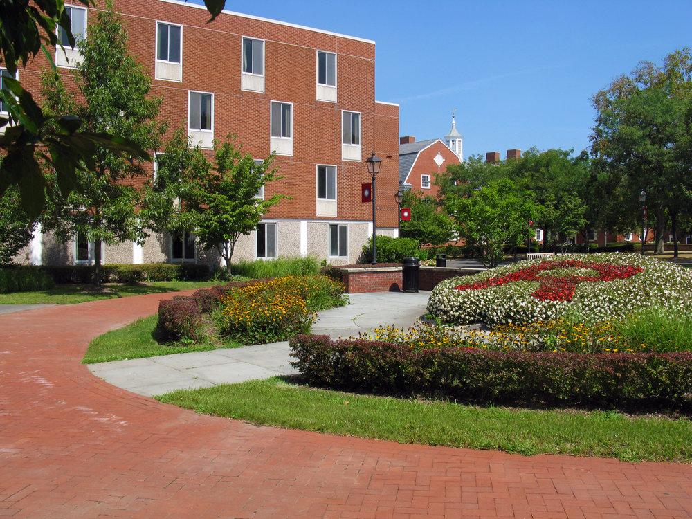 rutgers university bishop quad -