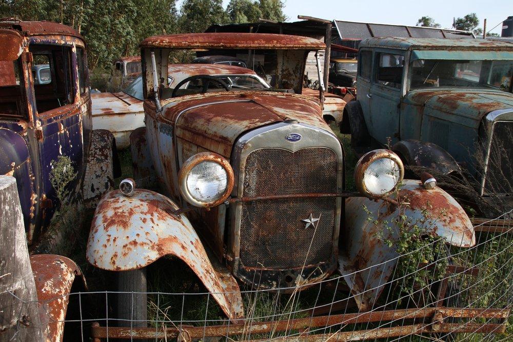 car-2445223_1920.jpg