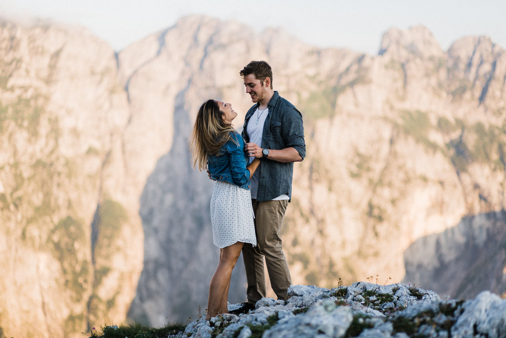 mangart-slovenia-elopement-photographer-italian-dolomites-alps-triglav-wedding-photographer-daniela-vallant