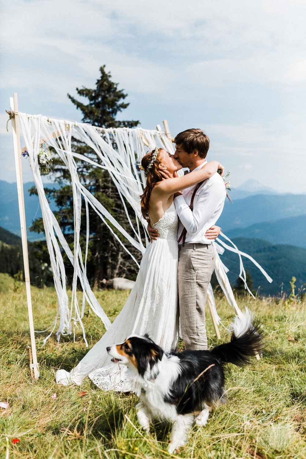 bavaria-wedding-bavarian-alps-boho-mountain-wedding-germany-bavaria-wedding-photographer (91).jpg