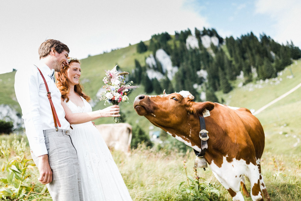 bavaria-wedding-bavarian-alps-boho-mountain-wedding-germany-bavaria-wedding-photographer (96).jpg