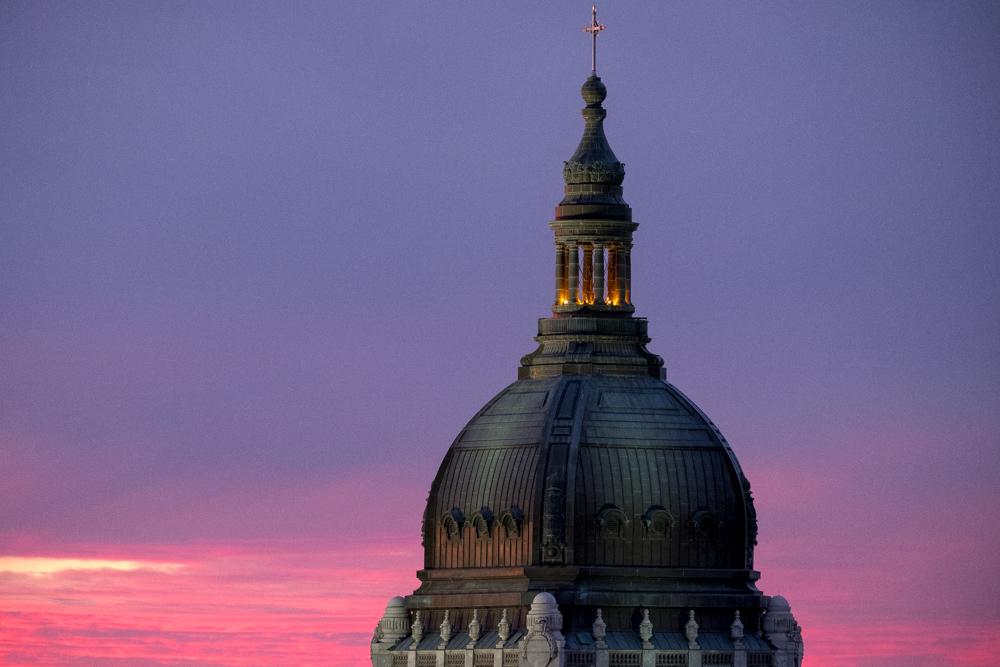 Basilica in a pink sunset.jpg