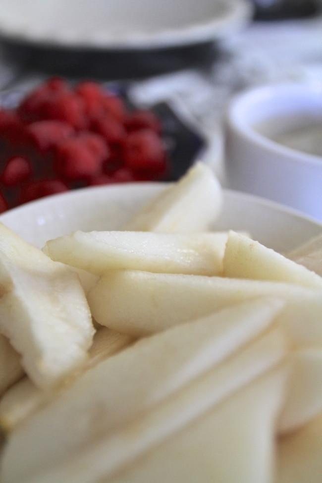 pear-clafoutis-bartlett-650x975.jpg