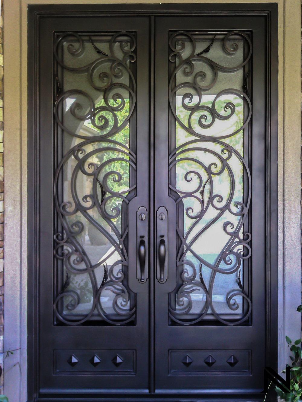 Doors D4