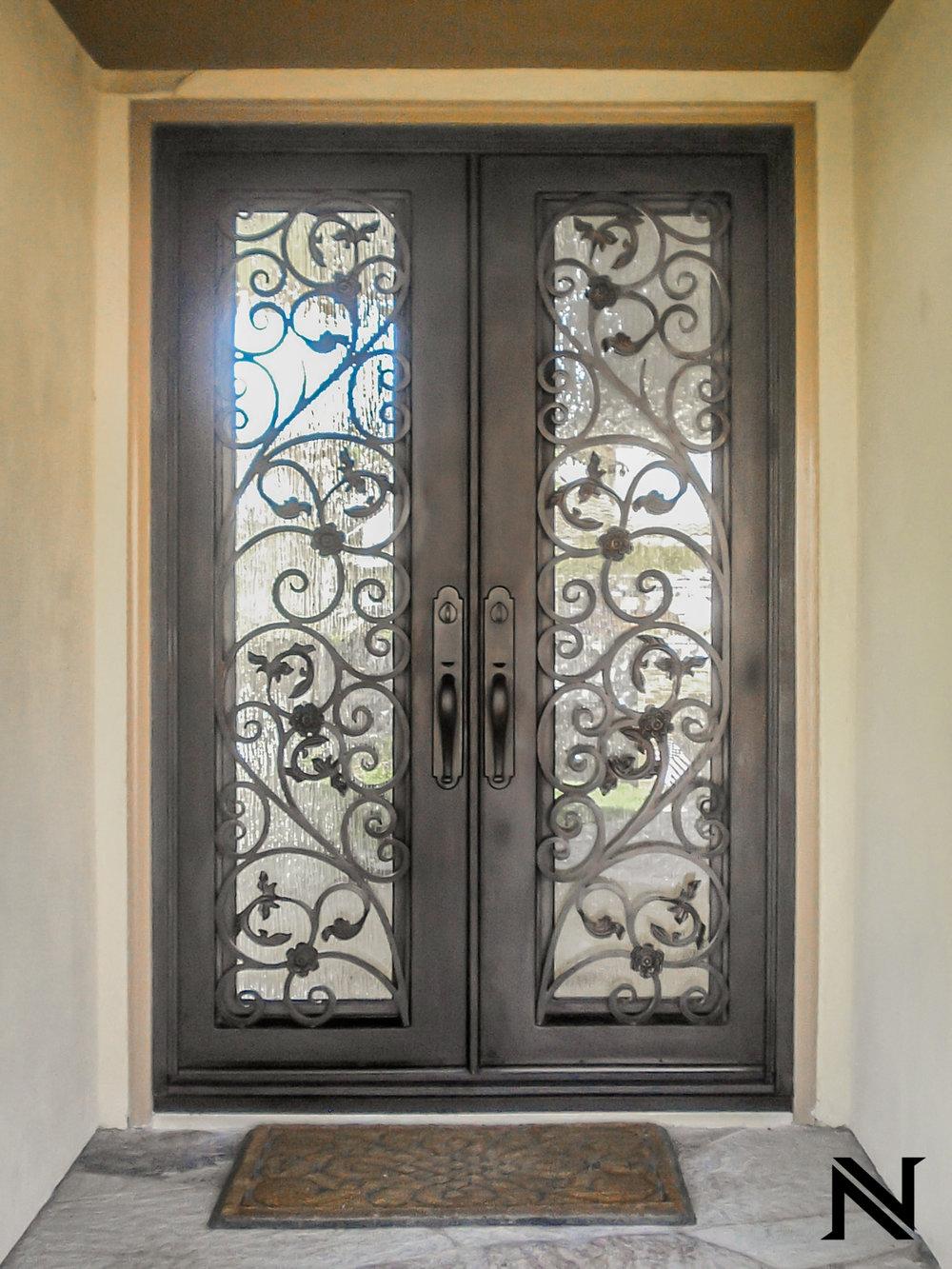 Doors B7