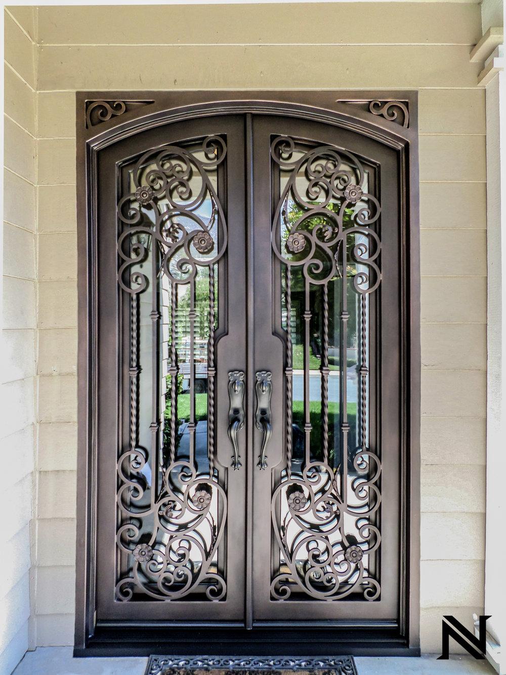 Doors B8