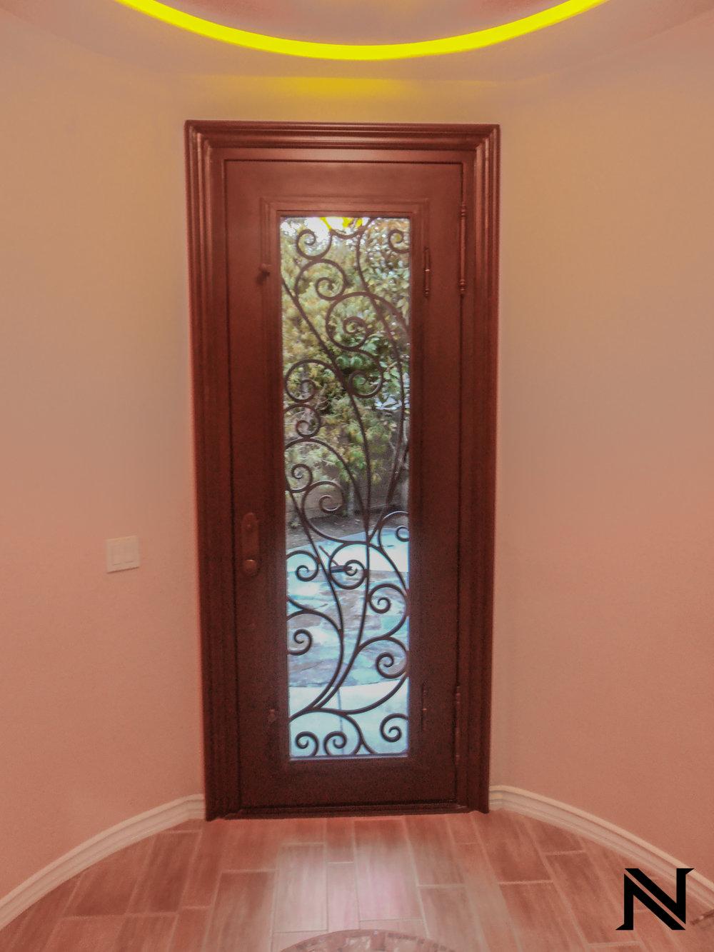 Doors B13