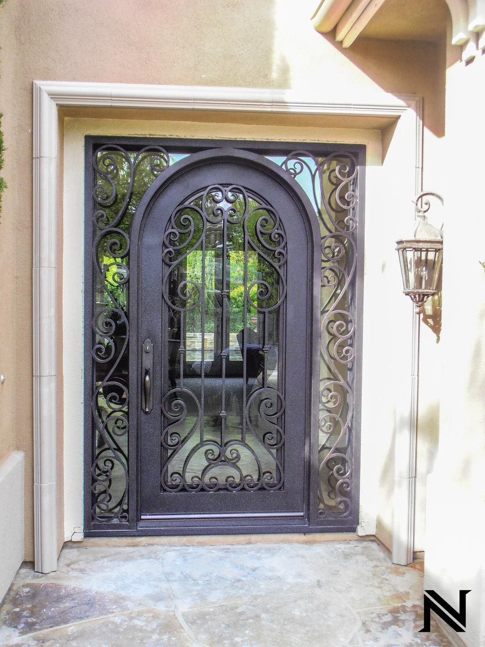 Doors D13