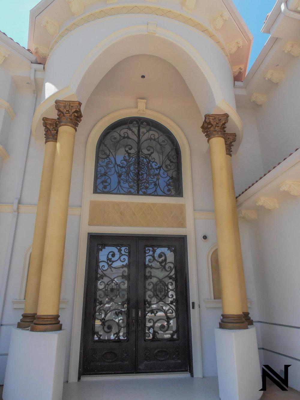 Doors B14