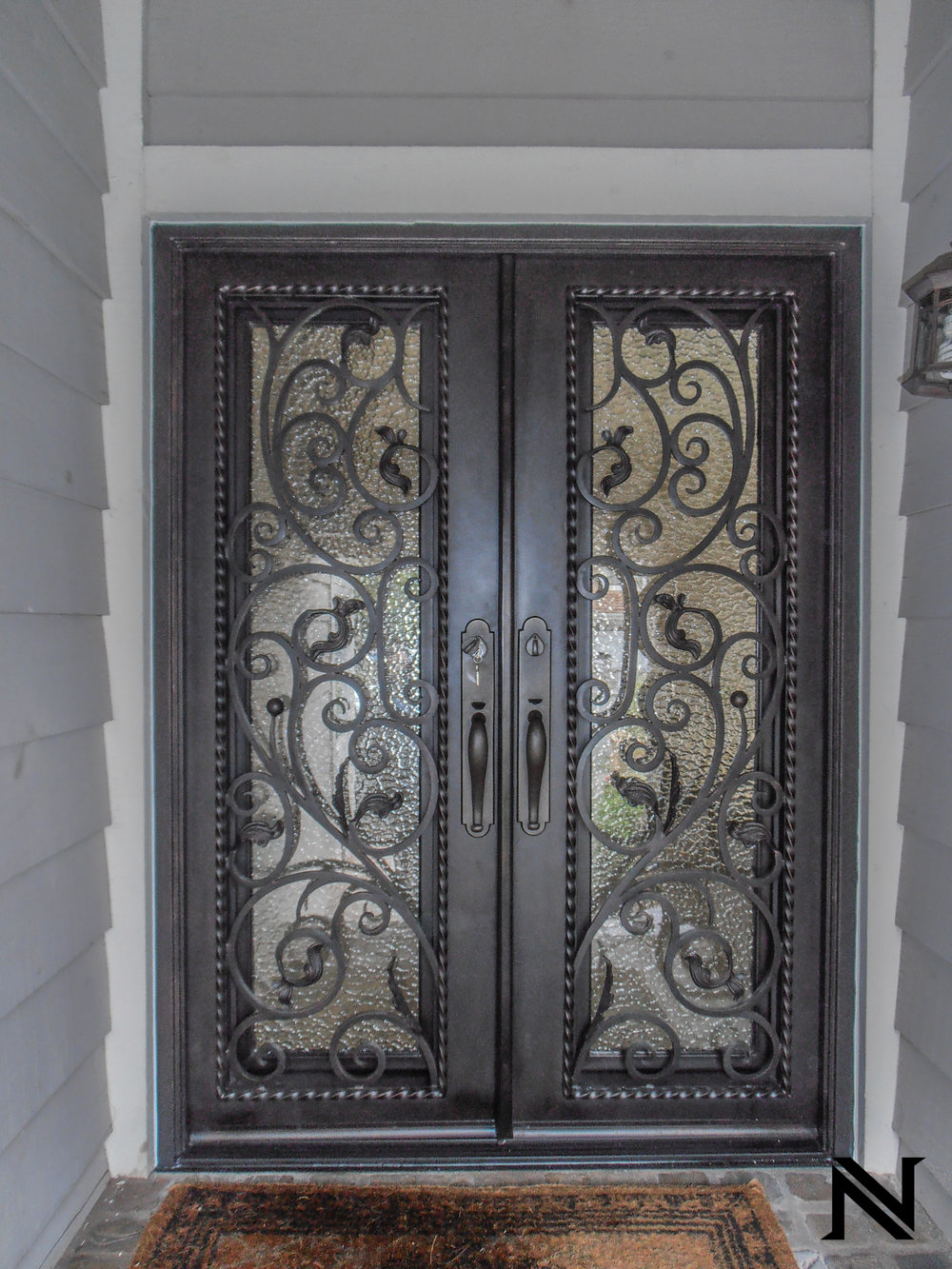 Doors B17