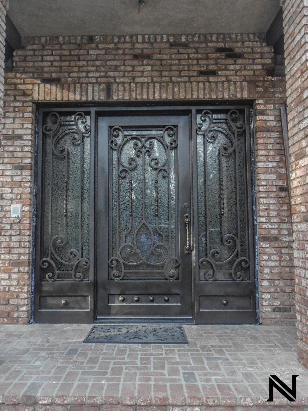 Doors D17