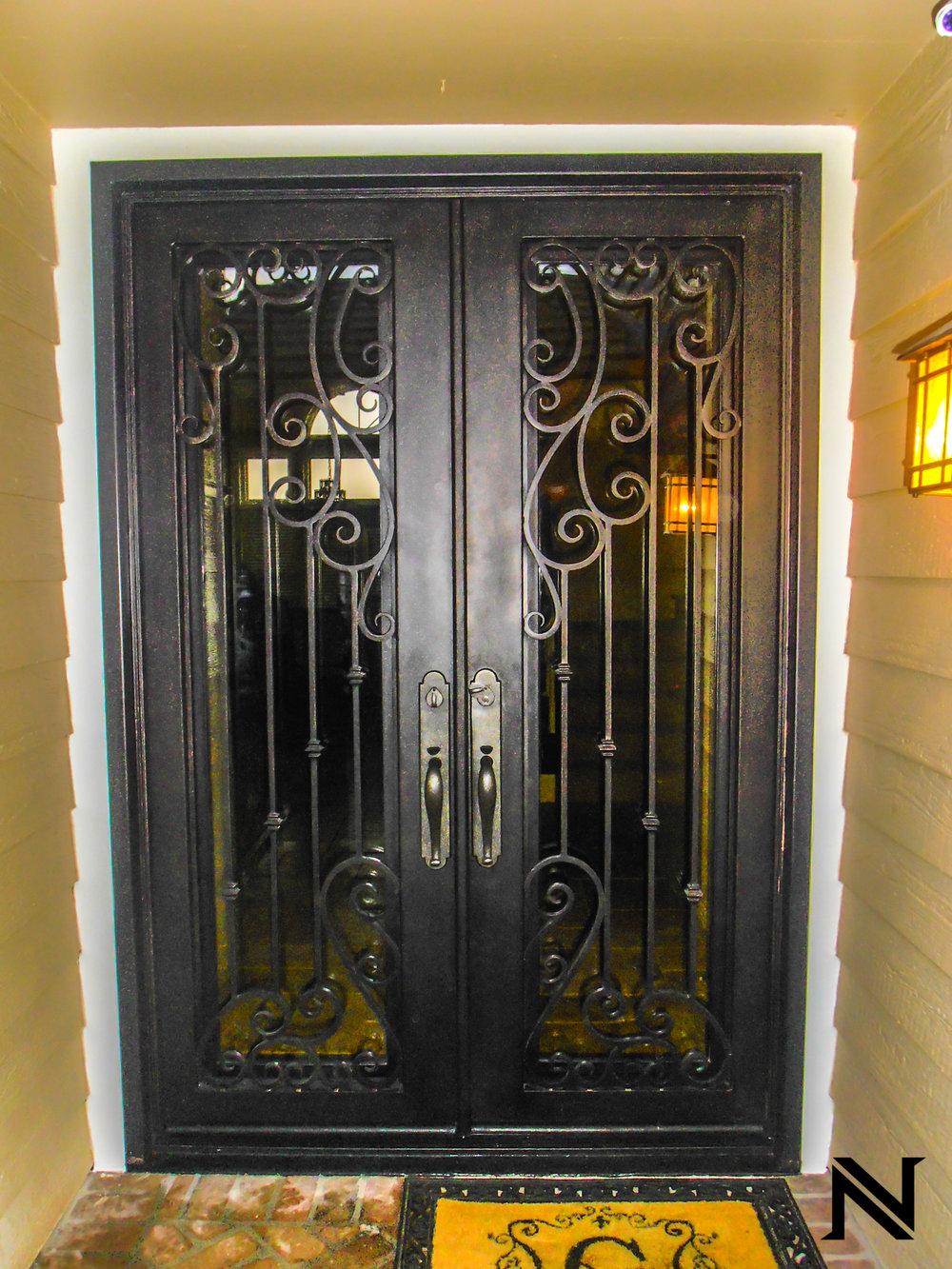 Doors B19